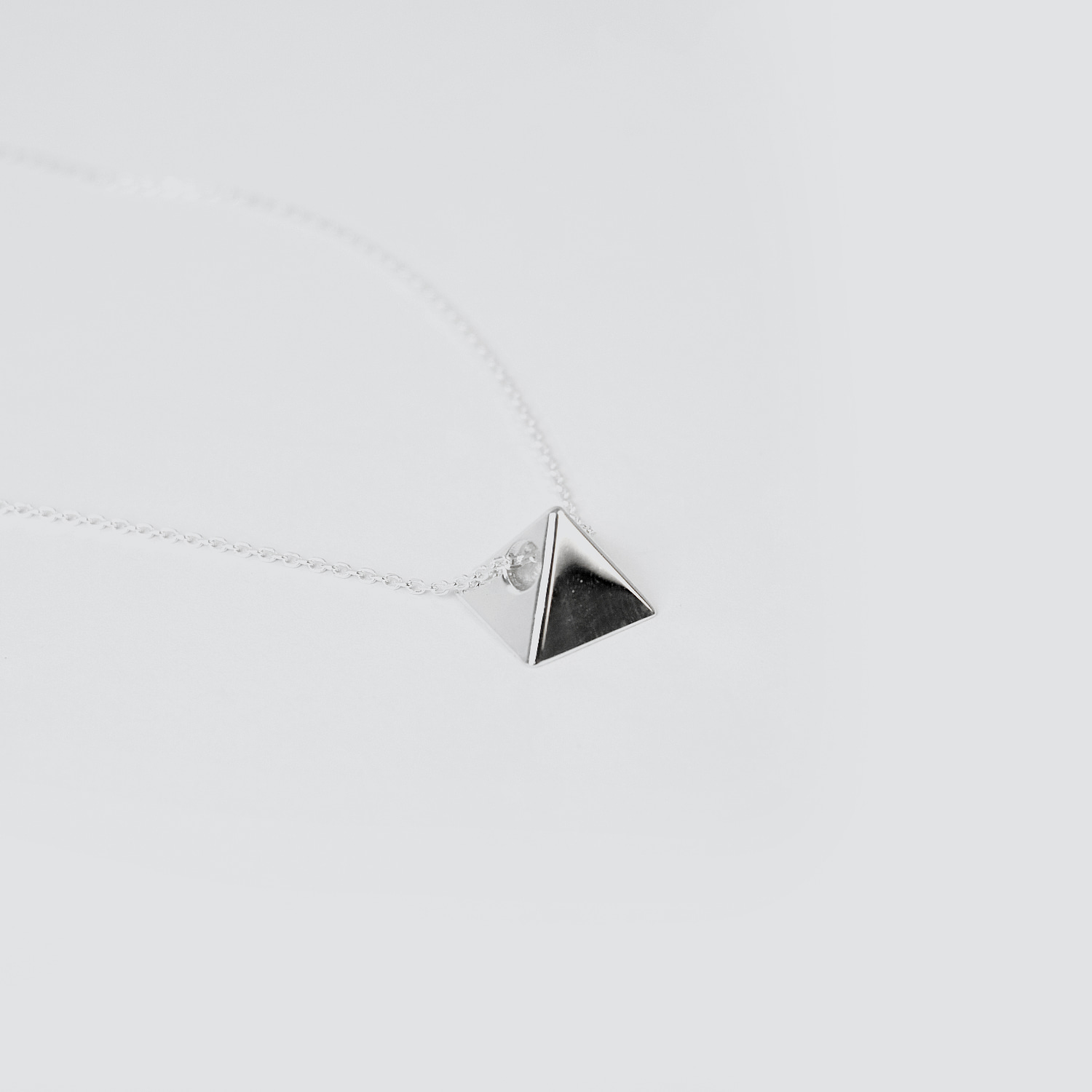BLINDREASON The Dark Side Of The Moon Necklace (BRENT1637)