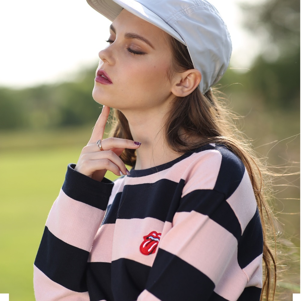 [THE ROLLING STONES]CLASSIC TONGUE STRIPE BORDER TEE PINK